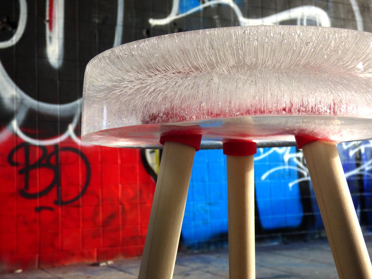 ice stool zoom
